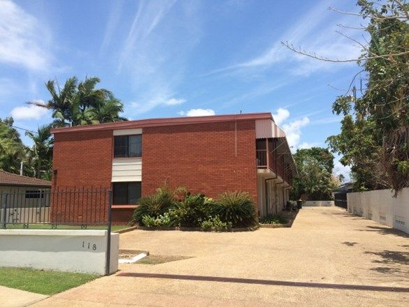 2/118 Cook Street, North Ward QLD 4810, Image 1