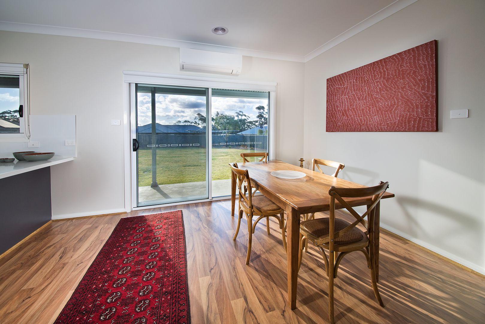 258 Hat Hill Road, Blackheath NSW 2785, Image 2