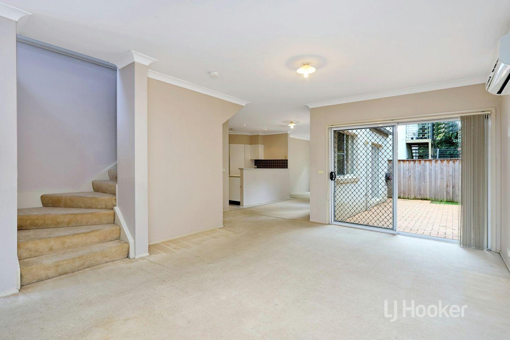 7 Kendell Street, Stanhope Gardens NSW 2768, Image 2