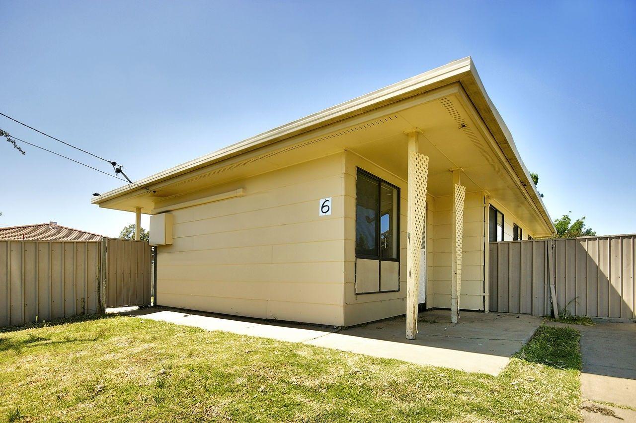 6 Ballantyne Crescent, Deniliquin NSW 2710, Image 0