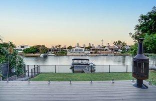 Picture of 25 Kalimna Drive, Broadbeach Waters QLD 4218