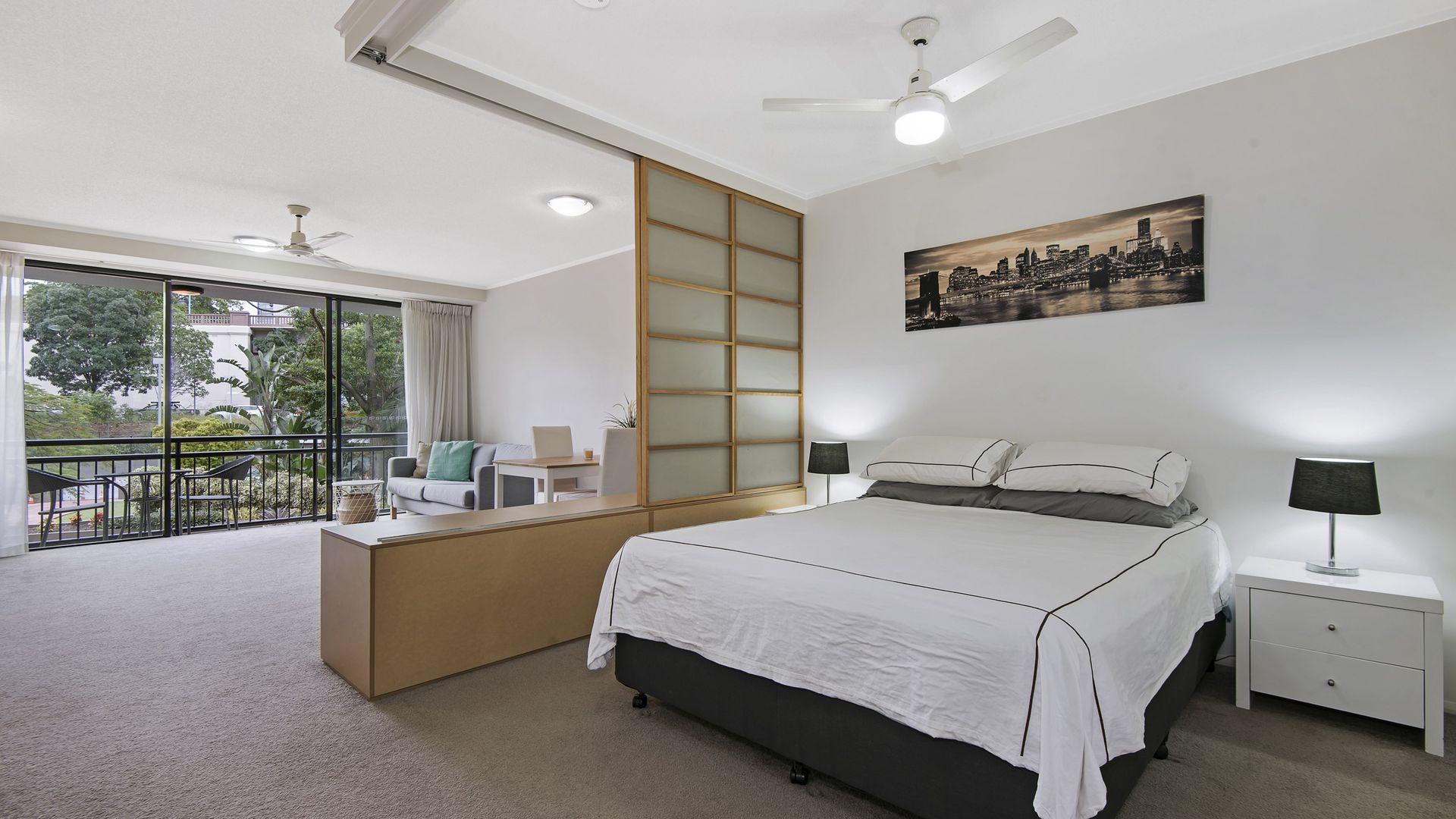 82/15 Goodwin Street, Kangaroo Point QLD 4169, Image 2
