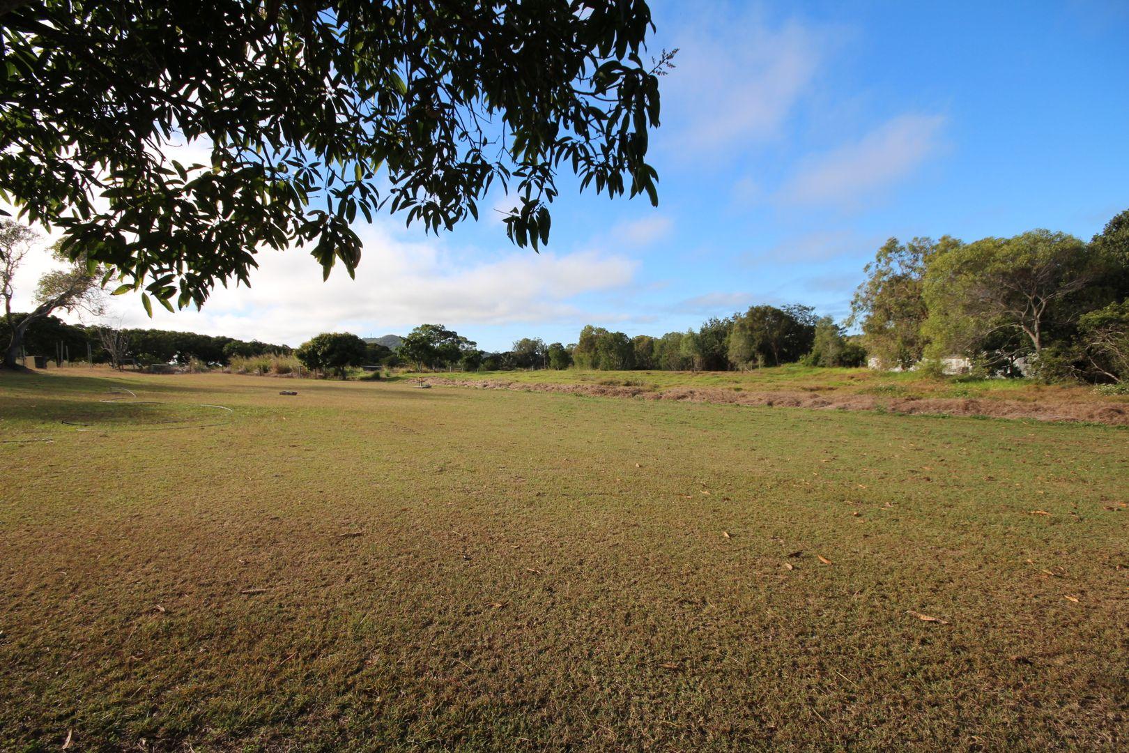 1127 Sarina Beach Road, Sarina Beach QLD 4737, Image 1
