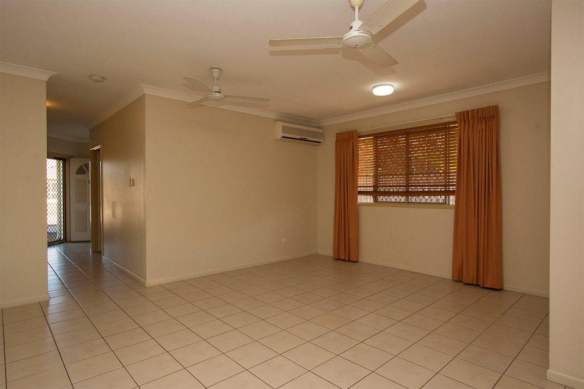 1/33 Seldon Place, Kirwan QLD 4817, Image 2