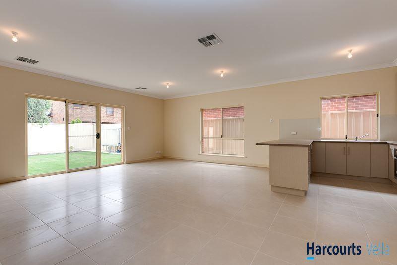 35A Denmead Avenue, Campbelltown SA 5074, Image 2