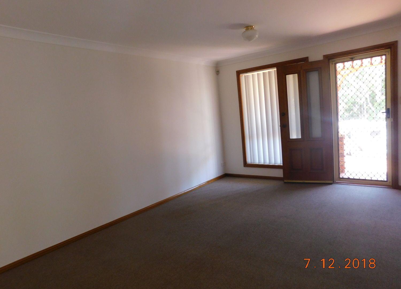 1/7 Nevil Way, Casula NSW 2170, Image 2