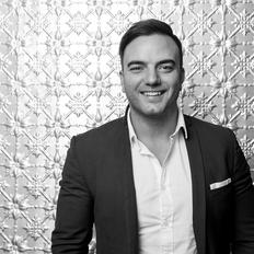Shane Beaumont, Sales representative