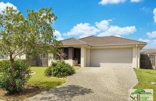 15 Hawkesbury Avenue, Pacific Pines QLD 4211