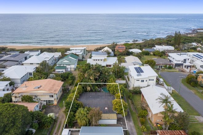Picture of 9A Albert Street, SHELLY BEACH QLD 4551