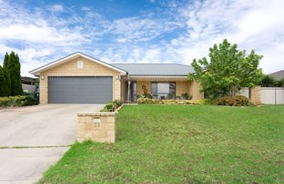 Picture of 33 Kimba Drive, Glenfield Park NSW 2650