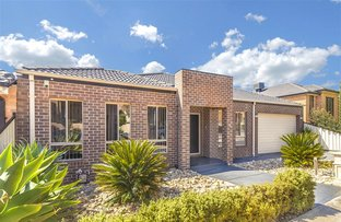 10 Bickerton Way, Roxburgh Park VIC 3064