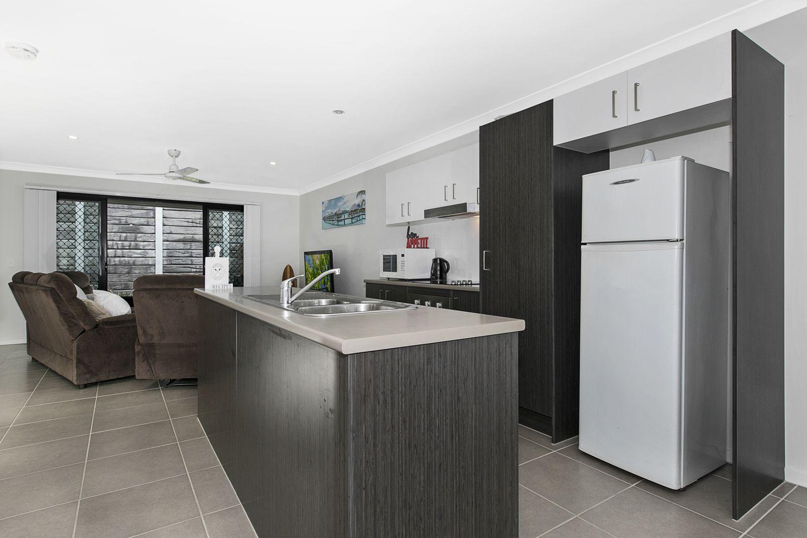 47/11 Ashley Court, Kallangur QLD 4503, Image 2
