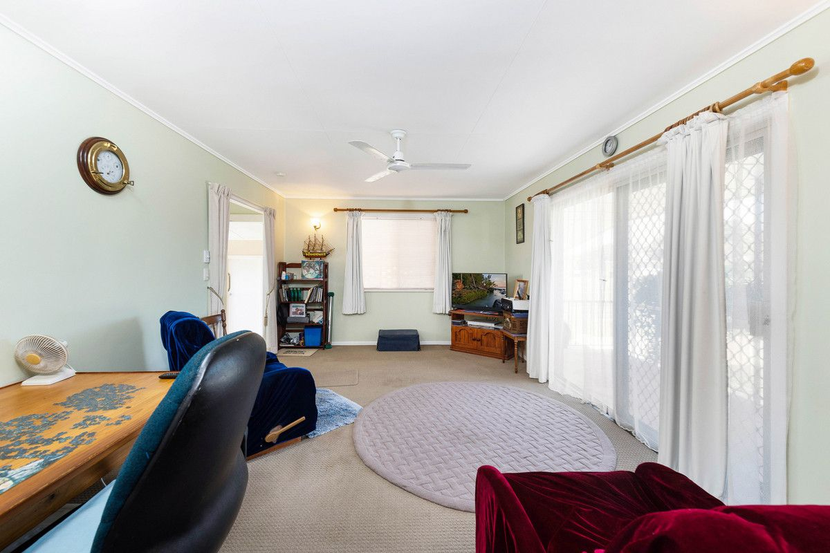 4 Richards Street, Svensson Heights QLD 4670, Image 2