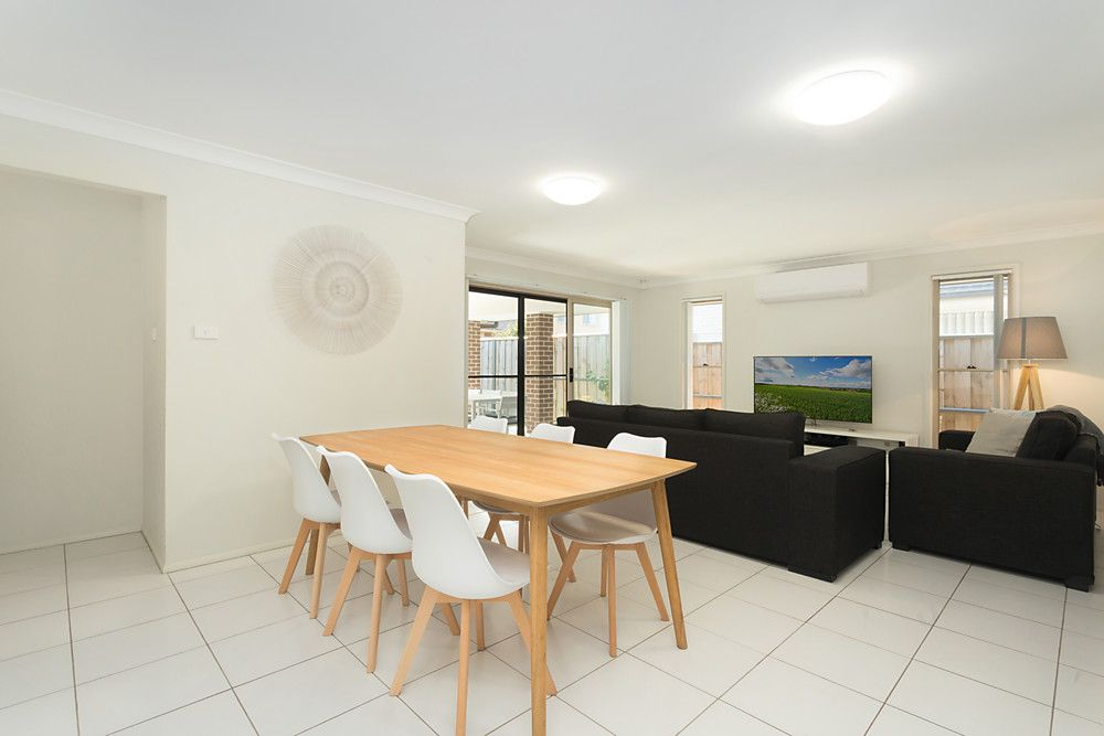 12 Turon Crescent, The Ponds NSW 2769, Image 2