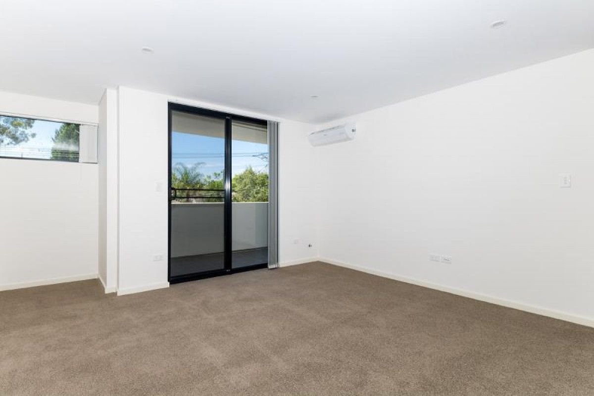 15/8-10 Octavia Street, Toongabbie NSW 2146, Image 0