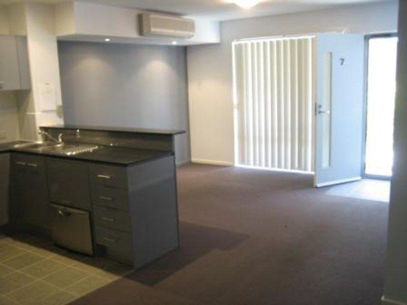 7/126-130 Turner Street, Scarborough QLD 4020, Image 1