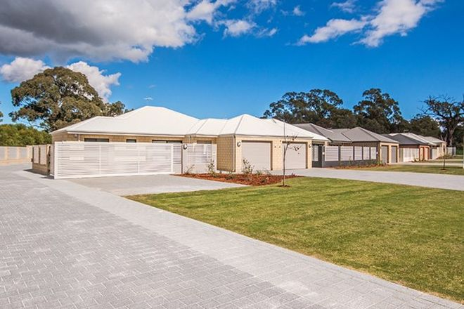 Picture of 76 Wellard Road, CALISTA WA 6167