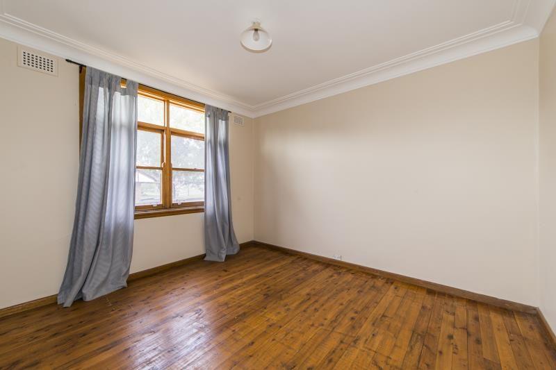 7 Arakoon Avenue, Penrith NSW 2750, Image 2