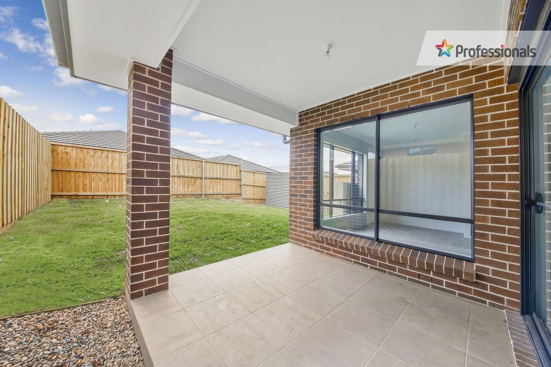45 Kingsman Avenue, Elderslie NSW 2570, Image 8