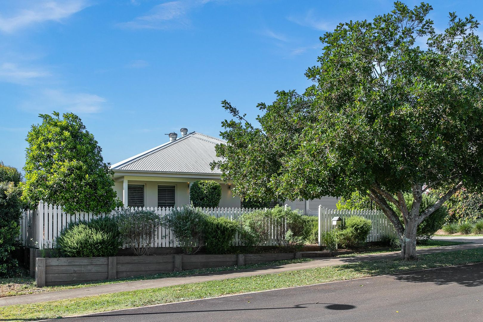 34 Parrot Tree Place, Bangalow NSW 2479, Image 2