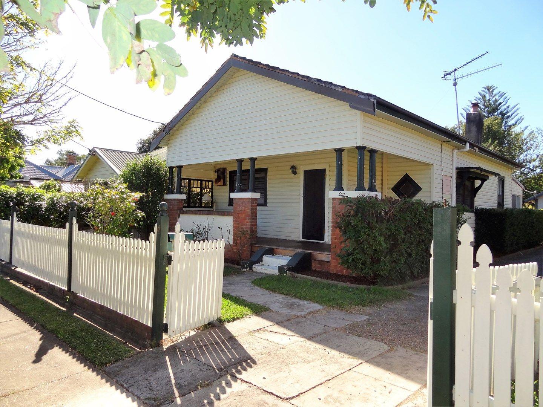4 Stuart Street, Lorn NSW 2320, Image 0