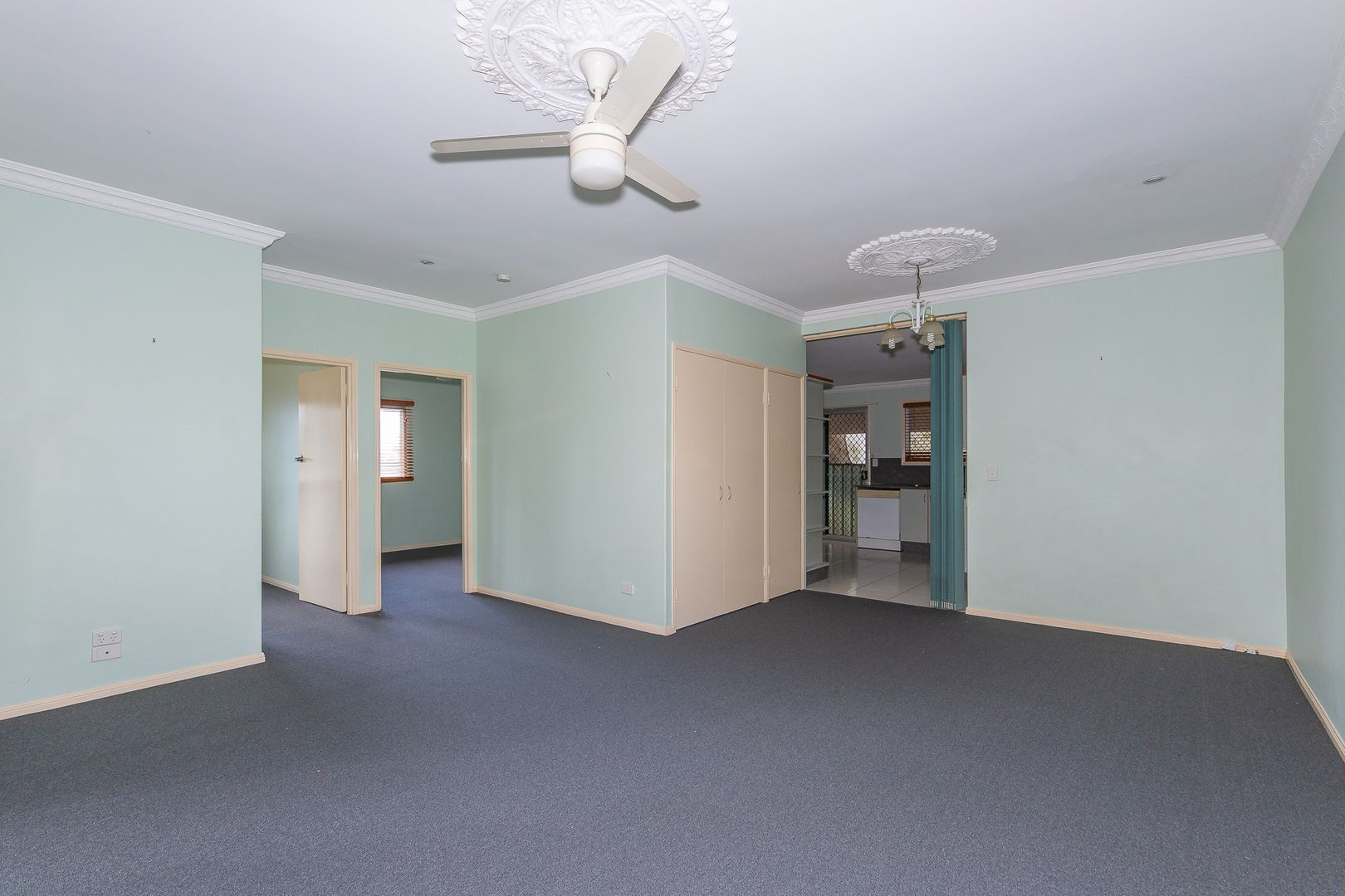 38 Thomas Street, Clontarf QLD 4019, Image 2