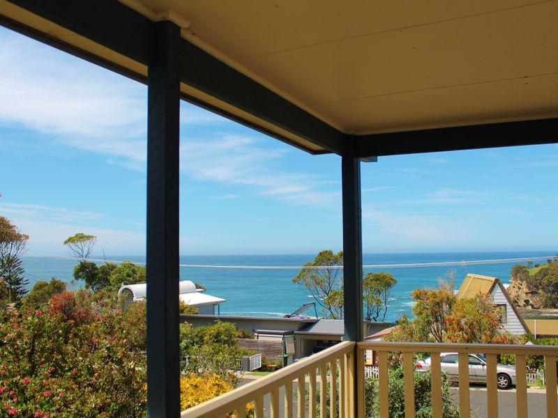 35 Iluka Avenue, Malua Bay NSW 2536, Image 0