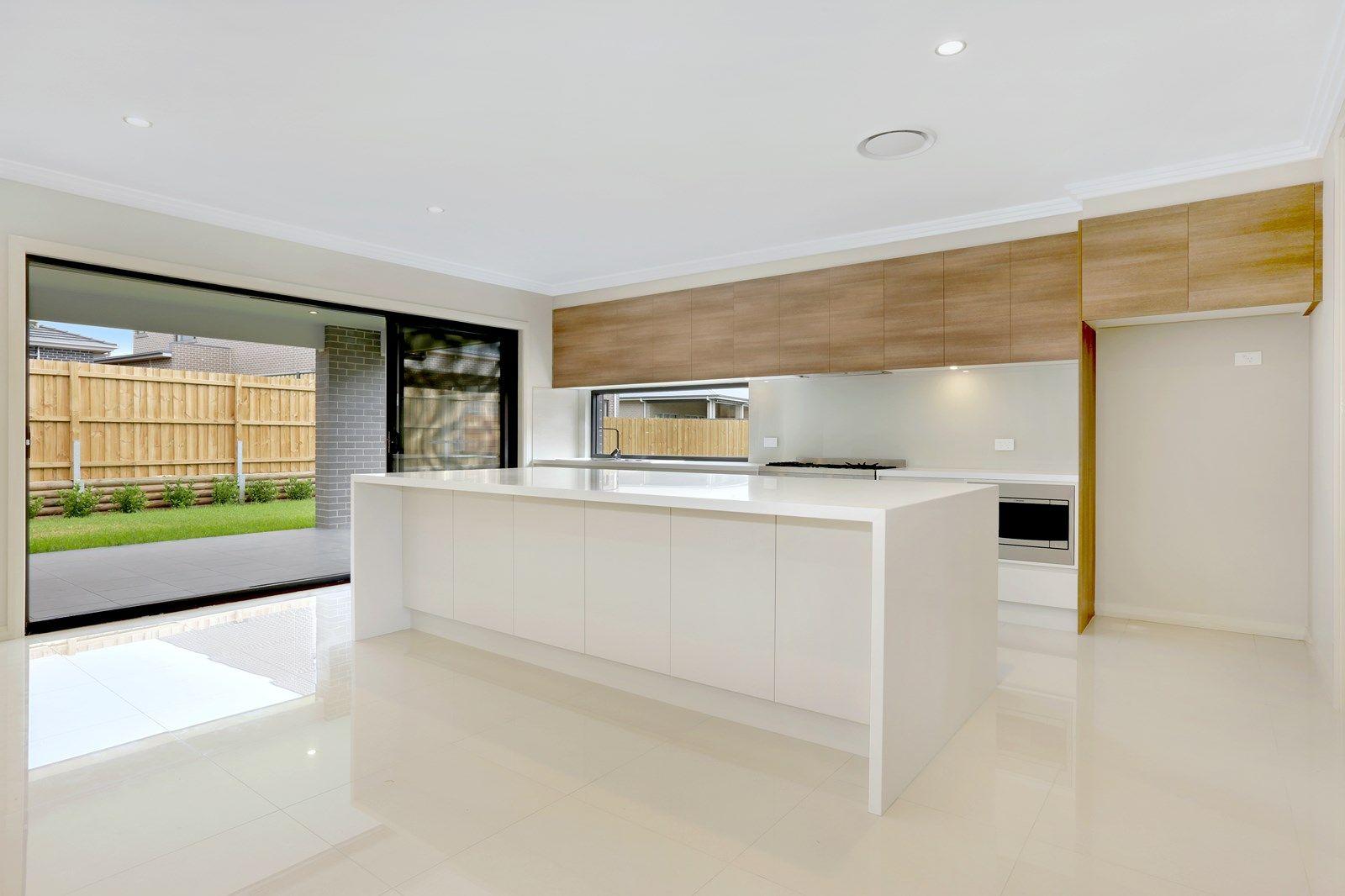 53 Water Creek Boulevard, Kellyville NSW 2155, Image 2