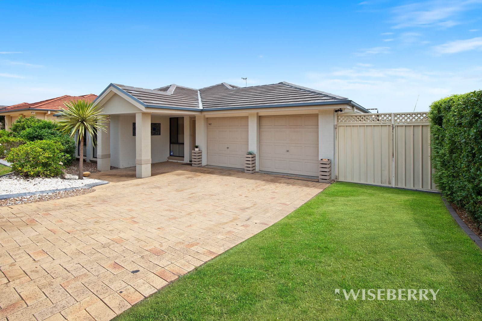 142 Blueridge Drive, Blue Haven NSW 2262, Image 0
