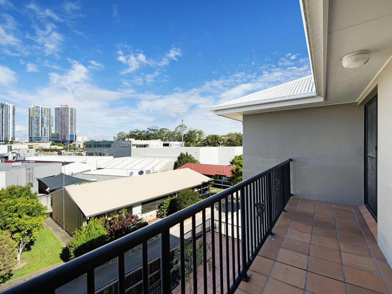 12/2 Johnston Street, Southport QLD 4215, Image 0