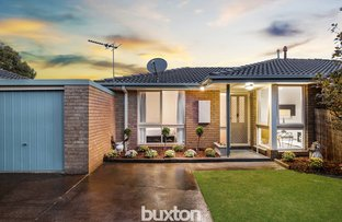 Picture of 2/70-72 Howard Road, Dingley Village VIC 3172