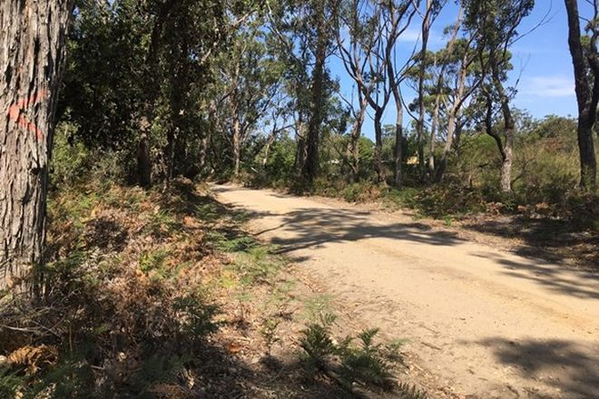 Picture of 323 Gravelly Pt Road, RAYMOND ISLAND VIC 3880