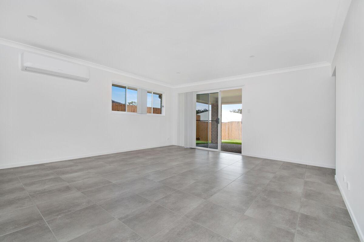 25 Cottrell Drive, Pimpama QLD 4209, Image 2