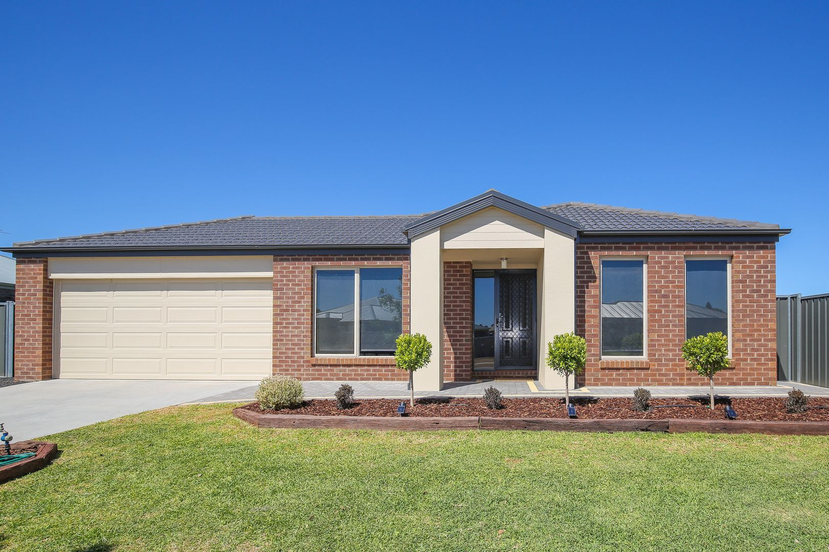 21 Anne Cox Drive, Red Cliffs VIC 3496, Image 0