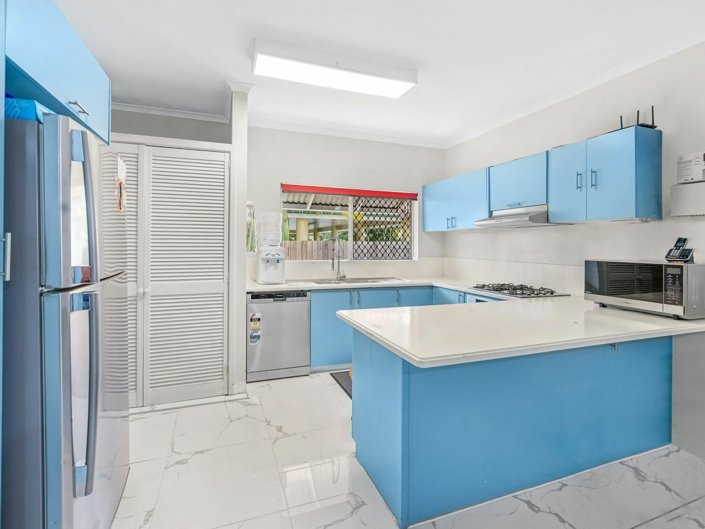 1/18-20 Rose Street, Westcourt QLD 4870, Image 2