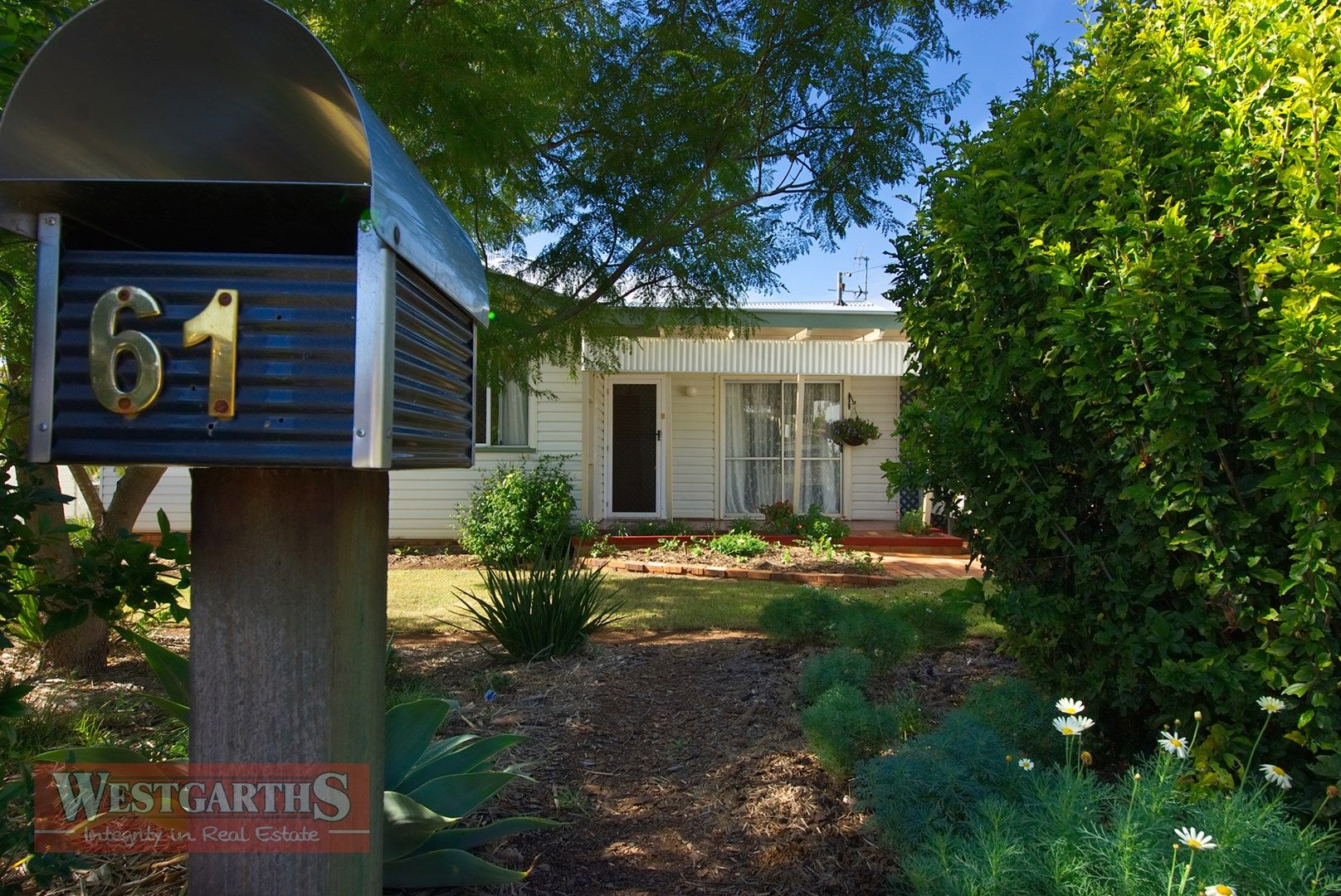 61 Toowoomba Road, Oakey QLD 4401, Image 0