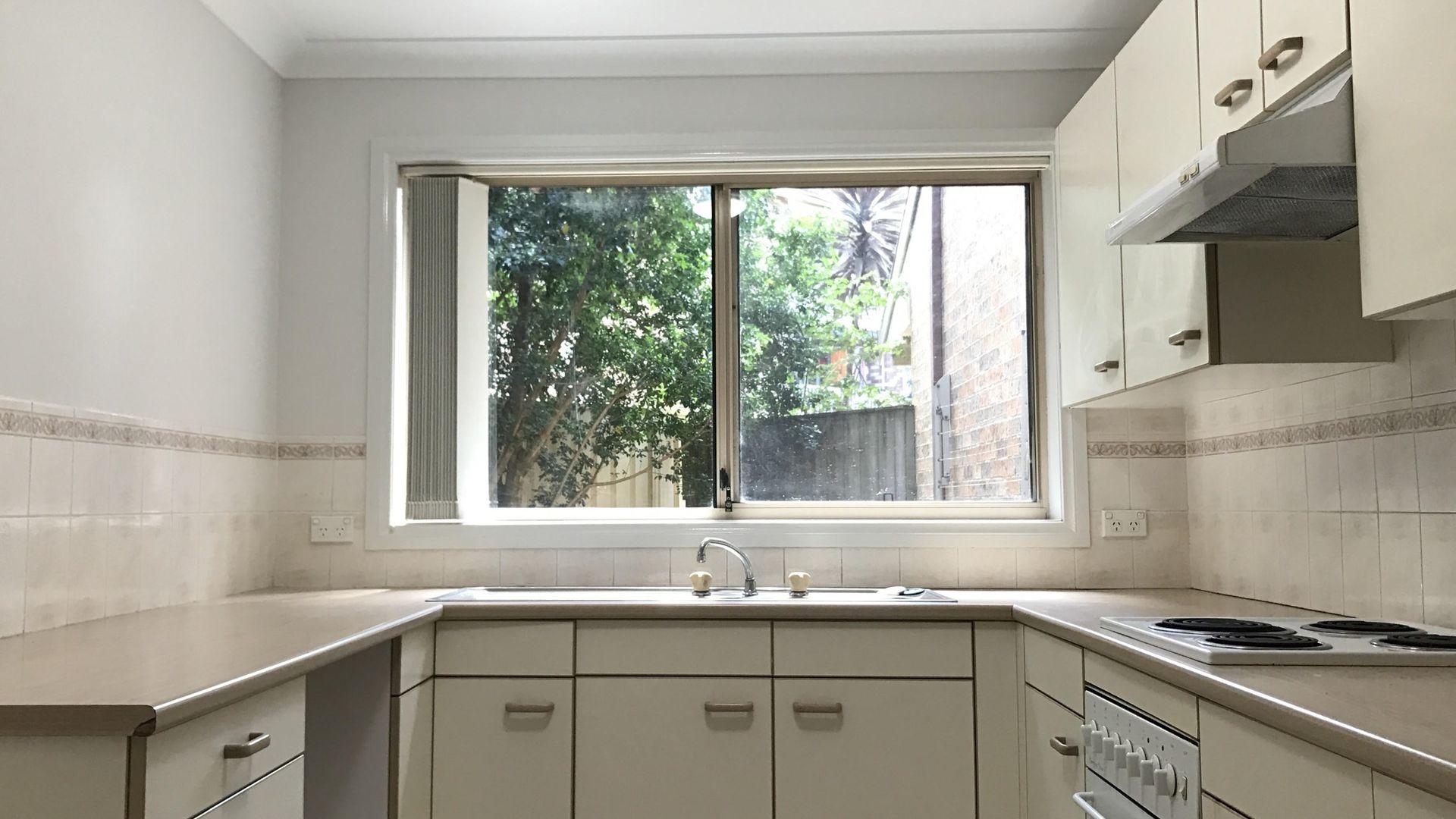 1/2-4 Catherine Street, Gwynneville NSW 2500, Image 1