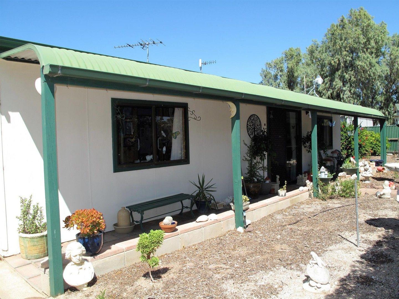 8 Cumberland Road, Port Clinton SA 5570, Image 0