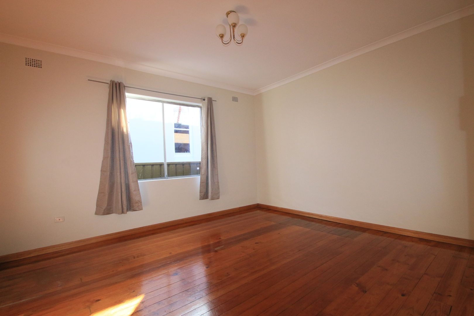 7 Moncur Street, Marrickville NSW 2204, Image 2