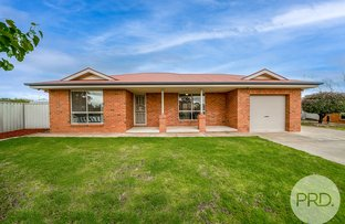 Picture of 8 Yirribin Place, Glenfield Park NSW 2650