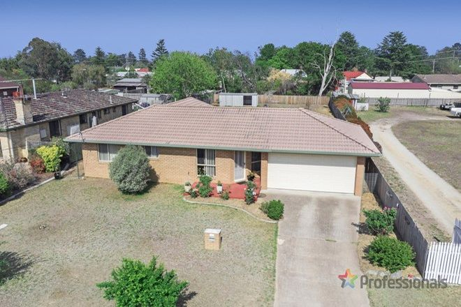 Picture of 4 McGregor Street, URALLA NSW 2358