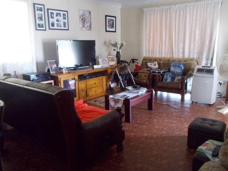 22 Weldon Street, Wandoan QLD 4419, Image 2
