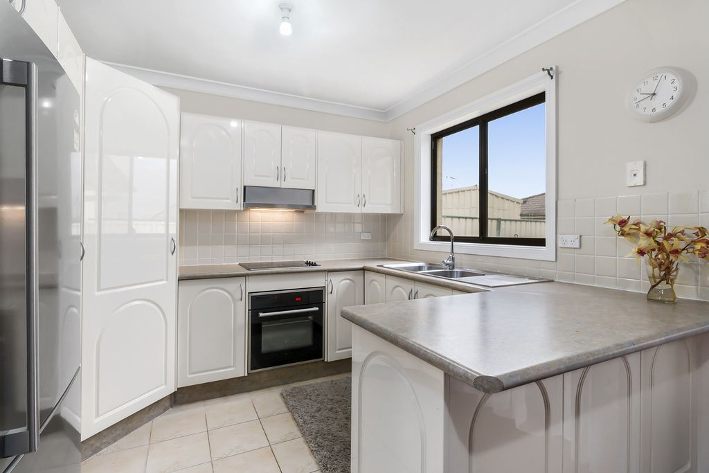 5/8 Stannum Close, Hinchinbrook NSW 2168, Image 1
