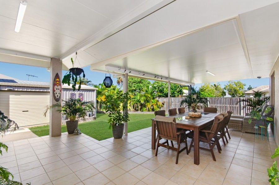 6 Woodwark Drive, Bushland Beach QLD 4818, Image 2