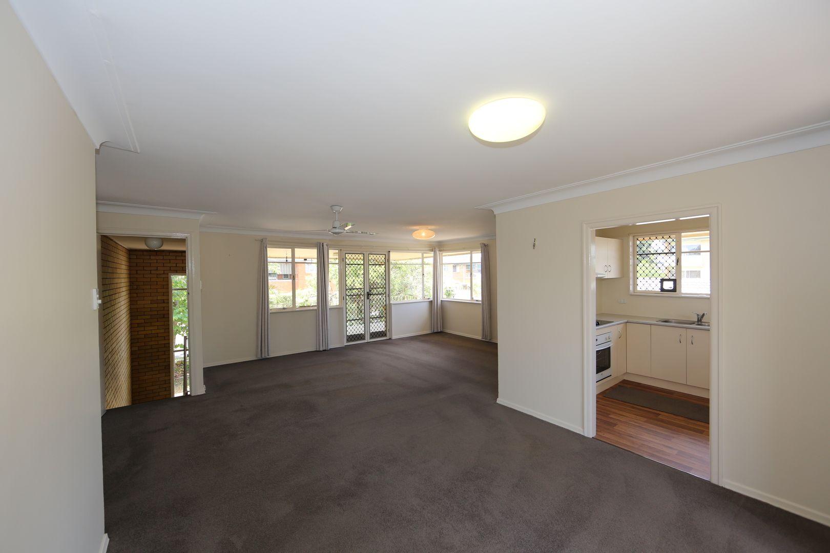 14 Nagle Street, Upper Mount Gravatt QLD 4122, Image 2
