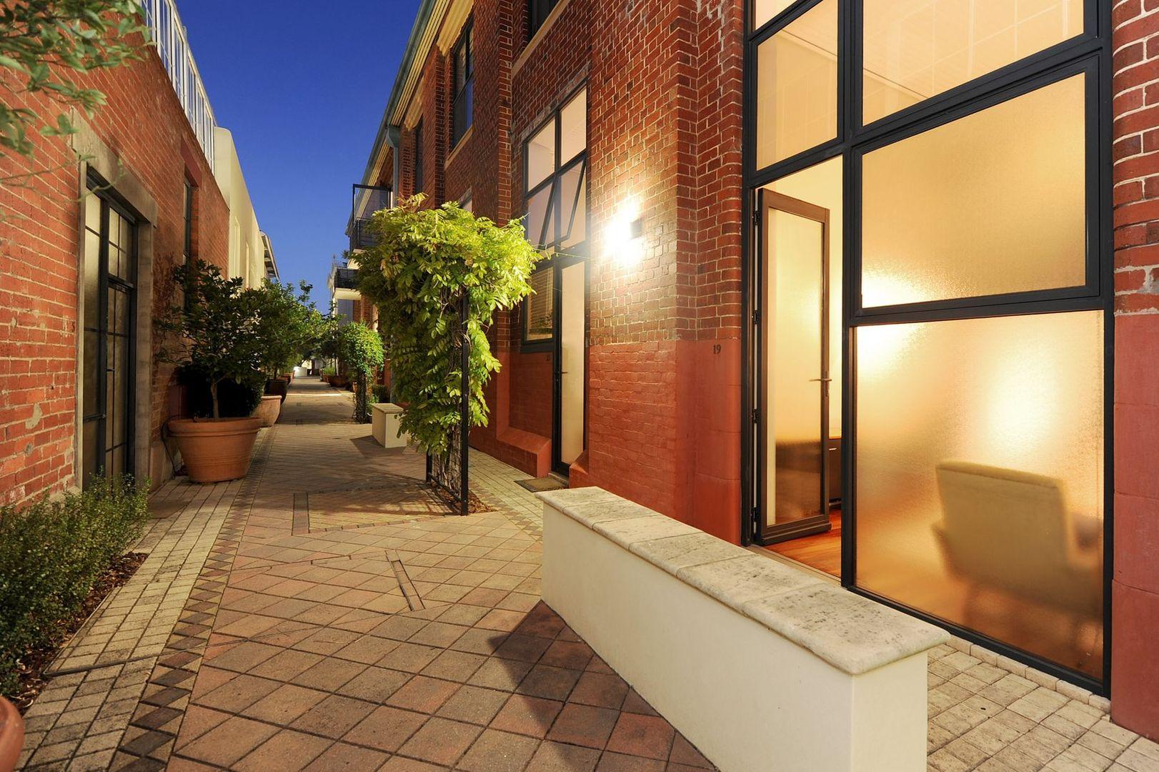 19/34 Palmerston Street, Perth WA 6000, Image 0