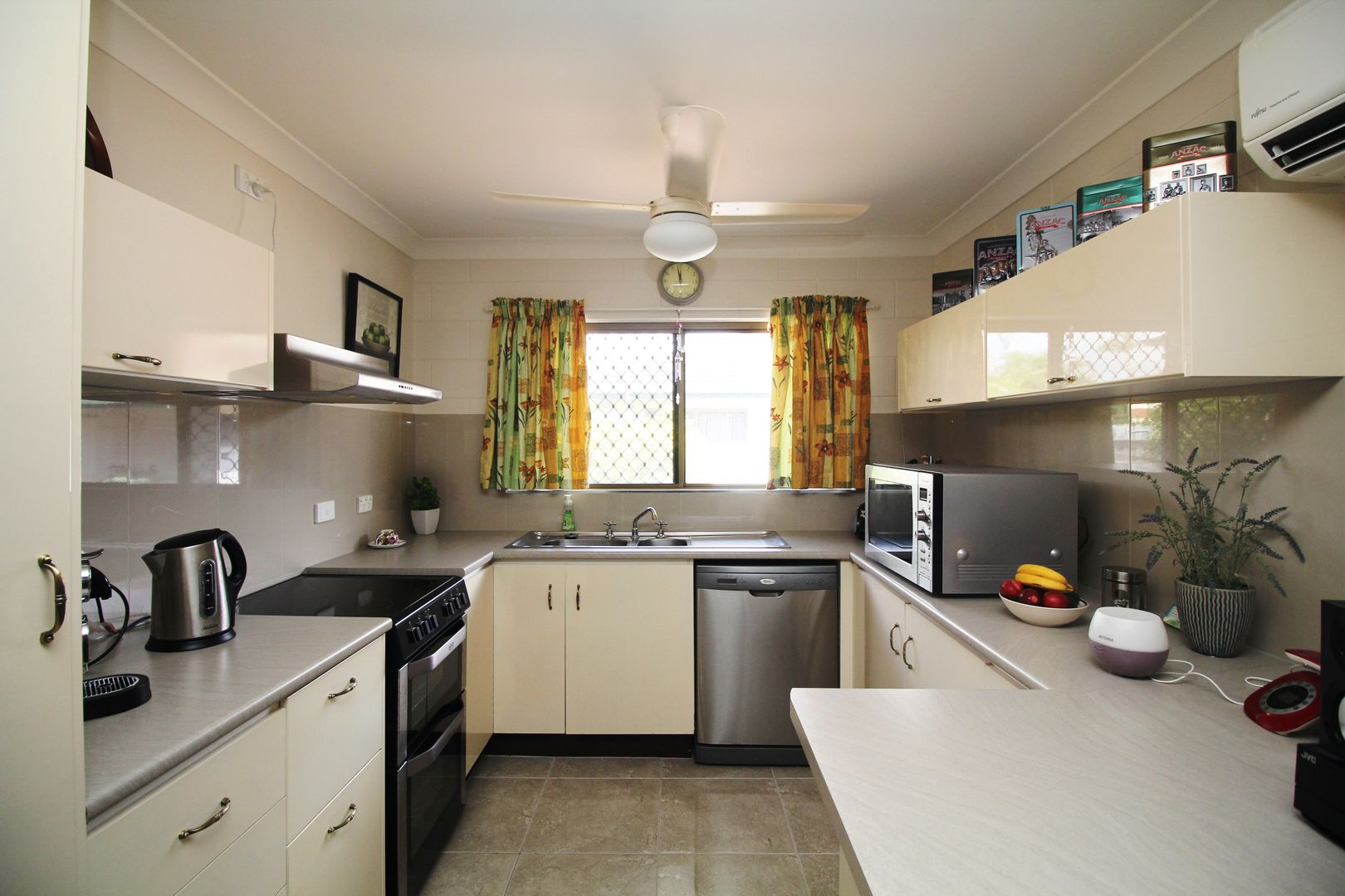 4/7 Oxford Street, Hyde Park QLD 4812, Image 0