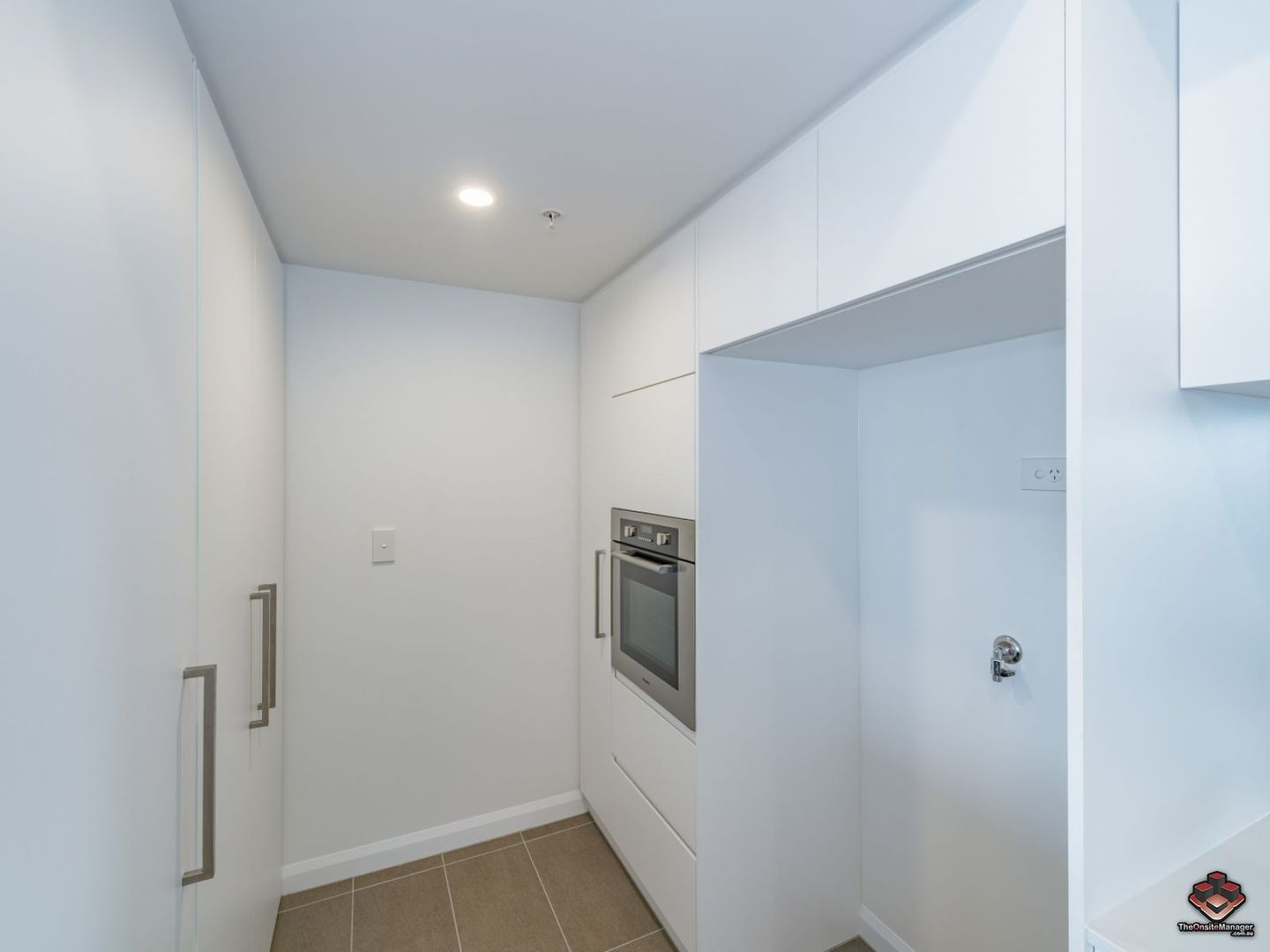 ID:3892960/11002/300 Old Cleveland Road, Coorparoo QLD 4151, Image 2