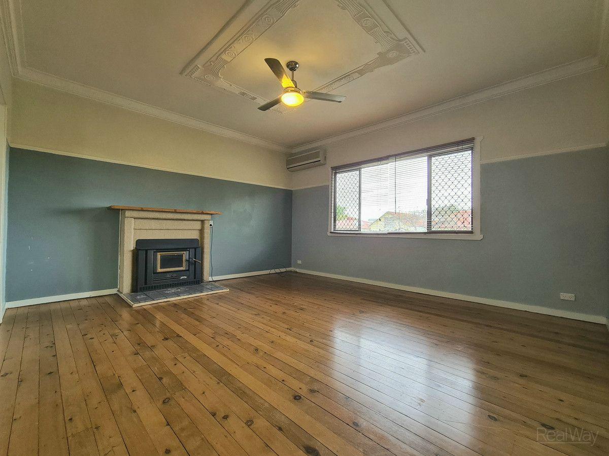 5 Betty Street, Newtown QLD 4350, Image 2