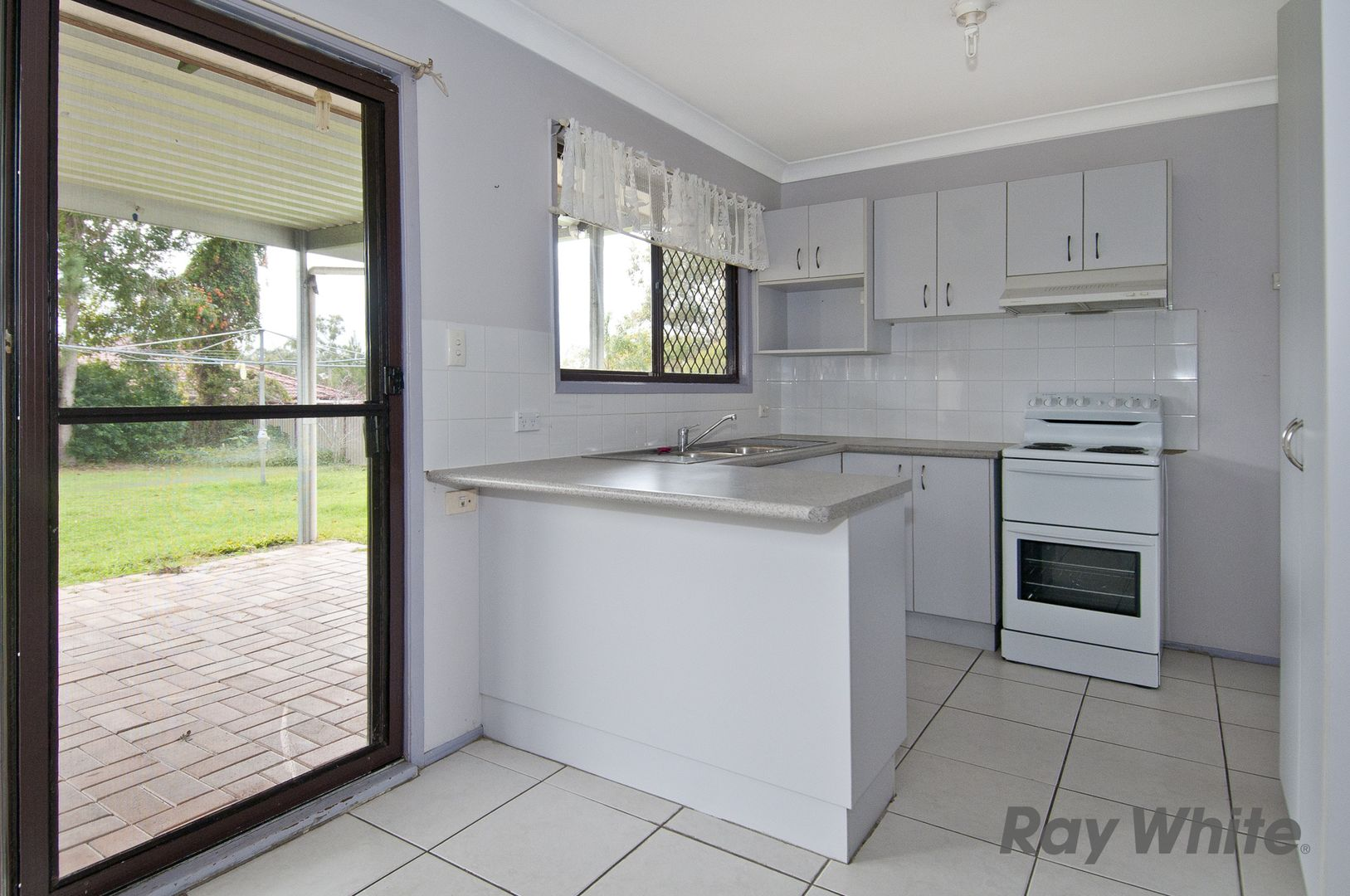 58 Mayfair Drive, Browns Plains QLD 4118, Image 2